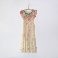 Vintage 60s PRAIRIE Floral Dress Size Small by nickandnessies
