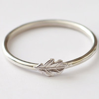 Leaf Ring - Stackable Sterling Silver Oak Leaf Ring