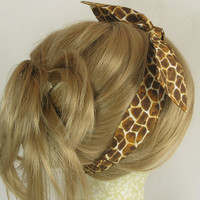 Retro Hair Tie, Rockabilly Hair Bow, Giraffe Fabric, Summertime Fashion