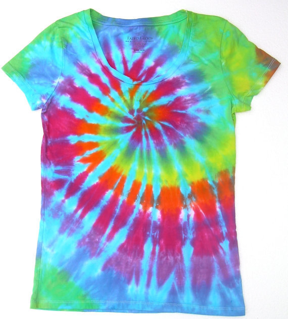 Tie Dye Scoopneck Shirt/ Women&#x27;s Small(4-6)/Rainbow Spiral with Turquoise