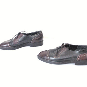 size 8.5 BROUGES oxfords / vintage 1980s two tone MINIMAL menswear WINGTIP oxford shoes