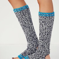 Knit Bonbons Womens In the Moment Legwarmer