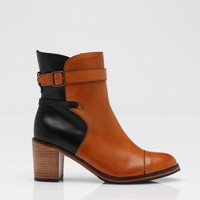Samantha Pleet By Wolverine / Bonnie In Black And Tan