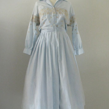 50s Embroidered Baby Blue Raimondi of Dallas Shirtwaist Dress w/ Full Skirt, XS // Vintage Day Dress