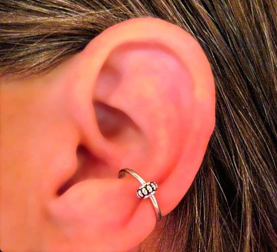 "No Piercing ""Conch Captive Wheel"" Ear Cuff Handmade 1 Cuff Silver Tone, or 6 Color Choices"