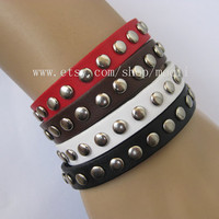 Charming 4 Colours Leather with Metal Snapper Adjustable B050