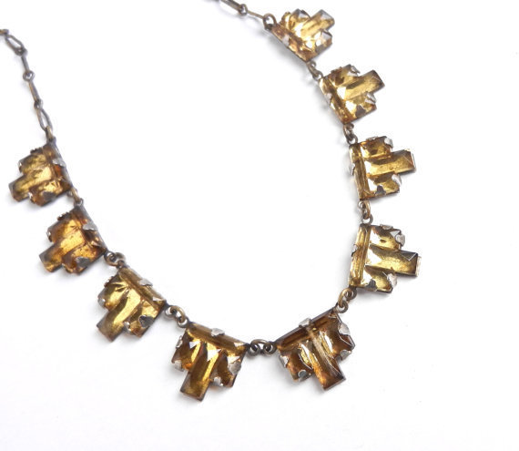 Antique art deco necklace yellow glass from maejean vintage for Art deco costume jewelry