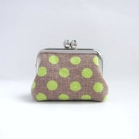 Coin purse- Mini jewelry case with ring pillow- kiss lock coin purse