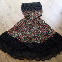 Multi color - Maxi Skirt - Tulle, chiffon and lace combinatio.  Dress - Very chic skirt......Size: S - M