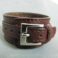 Bangle buckle bracelet leather bracelet men bracelet women bracelet made of brown leather and metal buckle cuff 1SZ-LH-228