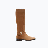 Buckled flat leather boot