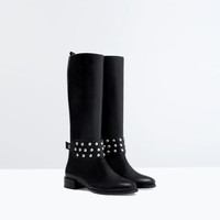 Metal detail leather boot