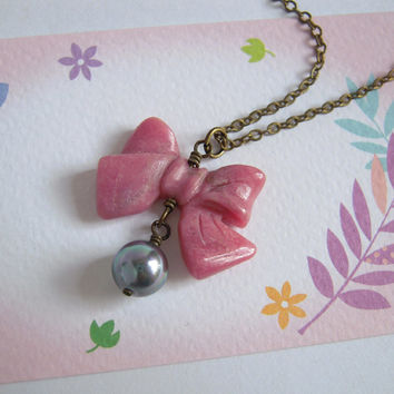 Rhodonite Bow Shell Pearl Necklace - Pink Stone - Gray Pearl - Brass Chain