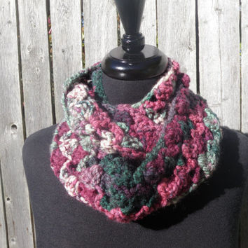 Crochet infinity scarf, cowl scarf, multicolored scarf