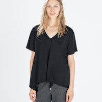 T-shirt with pointed hem