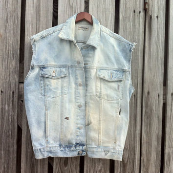 VINTAGE GUESS Jean Vest Bleach Grunge an All Season Essential Size L Unisex