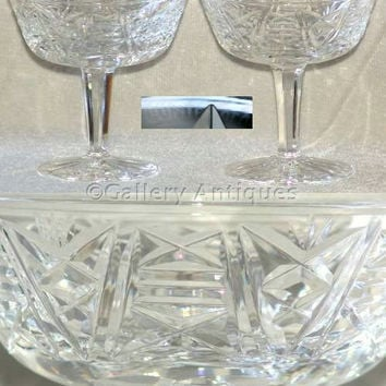 Pair of Waterford Crystal, Ireland, Clare Pattern Crystal Cut Glass (Tall Sherbets) Champagne Glasses Signed (ref: 2299)