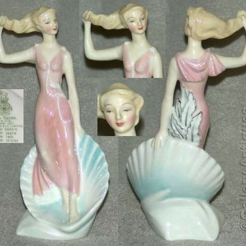 Royal Doulton Sea Sprite Figurine designed by Peggy Davies from the Teenagers Series - HN2191 (ref: 3055)