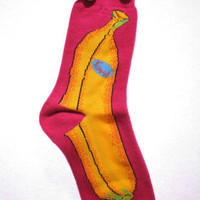 Yummy whole banana fruit crew socks thick hot pink fun crazy davco womens 9-11