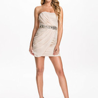 Chiffon Over Lay Jewel Dress - Ax Paris - Nude - Party Dresses - Clothing - Women - Nelly.com