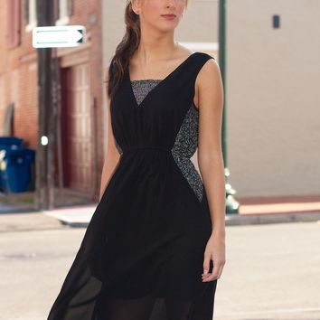 Sleeveless Dress With Contrast Sequin Lace
