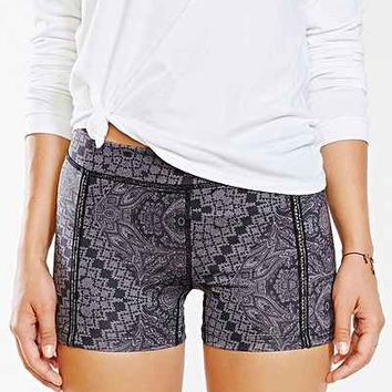 Without Walls Scarf Paisley Print Training Short - Urban Outfitters