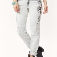 MIDRISE DENIM WITH EMBROIDERY