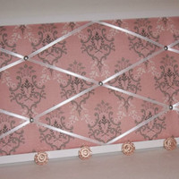 Ooh La La Pink Versailles - White Wood Frame Memo Board with Pink Knobs