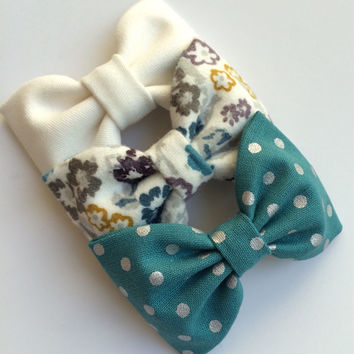 Winter white teal silver dot and teal by SeasideSparrowBows