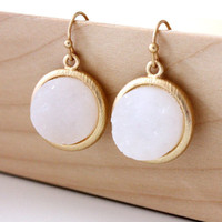 White color earrings