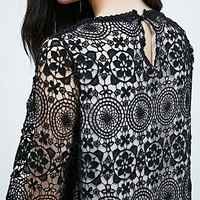 Little White Lies Damaris Lace Dress in Black - Urban Outfitters