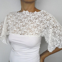 Off white bridal shoulder wrap, shabby chic capelet in cotton lace, romantic top shrug, handmade, unique design