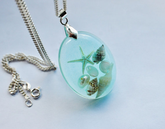 The Mermaid's Necklace 01 Oval Nautical Jewelry Resin Starfish Tiny Seashells Aqua Specimen Necklace Fairy Tale Fantasy Unique Handmade