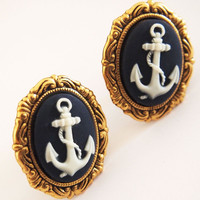 Glamsquared — Anchor Cameo Plugs