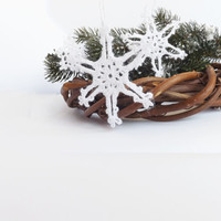 Crochet Christmas Decoration. Set of 7 Snowflakes  in White. Ornaments Christmas tree decorations with hanging loop