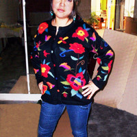 Peruvian Design Alpaca Wool Flowery Intarsia Cardigan for Women.