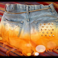 Highwaisted Studded Jean Shorts & Belt