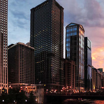 Chicago River Sunset Pano 001