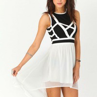 Missguided - Mallenda Bandage Asymmetric Dress
