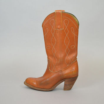 FRYE BOOTS vtg 80's boho hippie LEATHER western mid-calf w/ stacked wooden heels, size 7.5 38 5