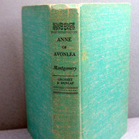 1936 Anne of Avonlea Vintage Book