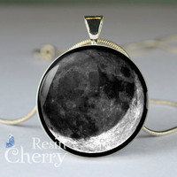Crescent moon pendant charms,moon necklace,moon jewelry,moon resin pendant- T0668CP