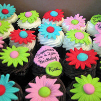New Crazy Daisy Cupcakes | Flickr - Photo Sharing!