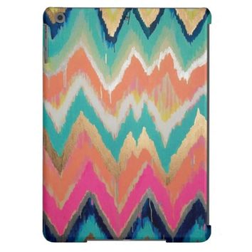 Modern Bright Chevron Zig Zag Stripe Pattern iPad Air Case