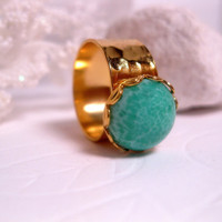 24kt Gold Ring With Jade Green