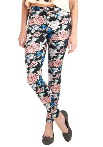 You've Got it Down Pattern Pants in Blossoms | Mod Retro Vintage Pants | ModCloth.com