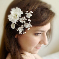 geisha  a white cherry blossom clip by thehoneycomb on Etsy