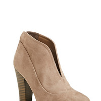 DailyLook: Tiffany Zipper Back Booties in Taupe 5.5 - 10