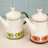 welcome connect design - Daisy Letro teapot