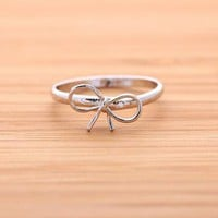 RIBBON BOW ring in silver  by bythecoco on Zibbet